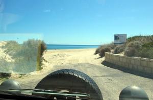 Mit dem Backpacker-Van im Sand fahren